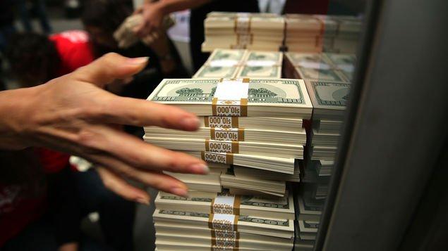 Publican informe mercado software anti blanqueo de dinero